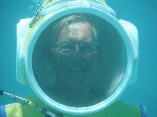 Aquablue Moorea Classical Diving: The Helmet Diver