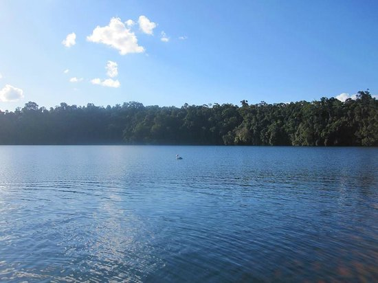 Tablelands, Waterfalls, and Spanish Castle: Lake Eacham