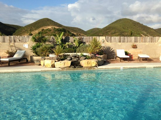 Casa Fajara Rustic Boutique House & Hotel: Lovely quiet swimming pool