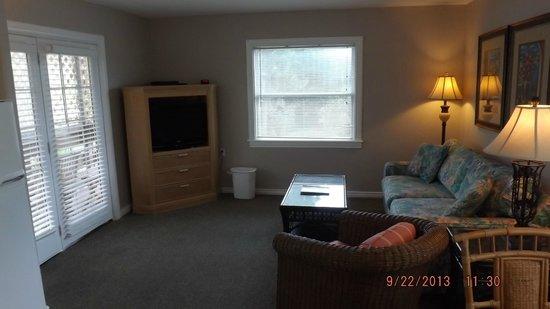 Sunrise Garden Resort: Living room area