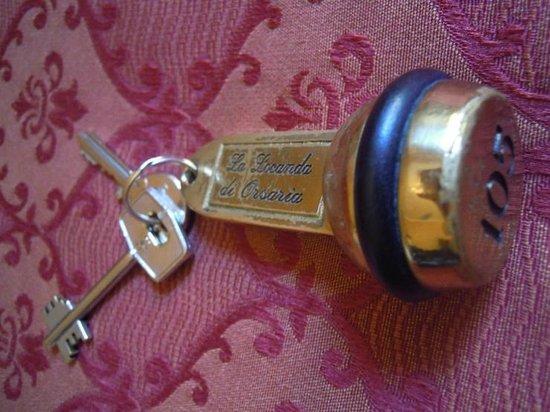라 로칸다 디 오르사리아: room key