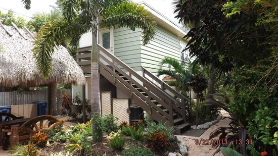 Sunrise Garden Resort : Upstairs unit # 15