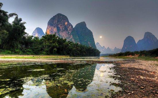 Xingping Our Inn: Moonset, Xingping, Guangxi Provence