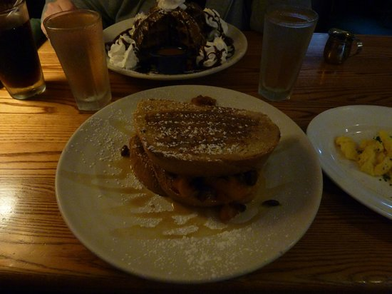 Bayside American Cafe: Bintliff's: Apple Cinnamon Raisin Stuffed French Toast