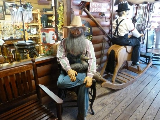 Pappys Trading Post: one of the unique stores at Pappy's