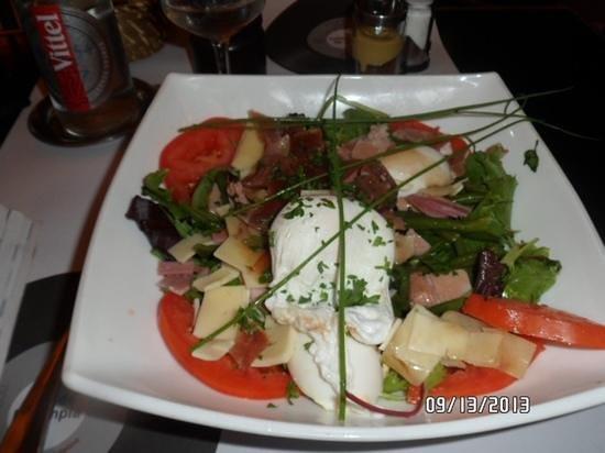 Cafe de l'Olympia: parisian salad,yum