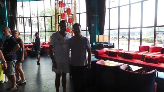 Club Med Guilin: 主吧台