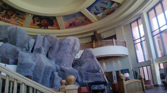 Sheraton Grand at Wild Horse Pass: lobby