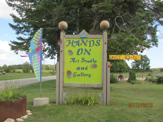 Cliff Dwellers Resort: Hands On Art Studio ~ Fun for the whole family
