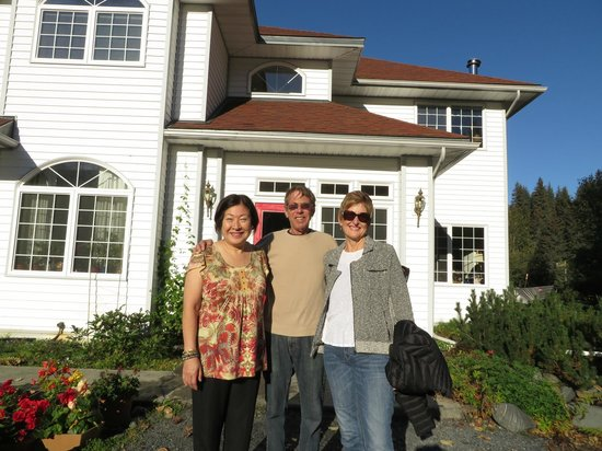 Kim's Forest Bed and Breakfast: Kim and Your Reviewers