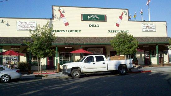 Granzella's Restaurant & Deli: Front of Granzella's Restaurant and Sports Bar