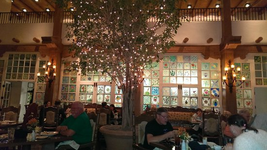La Fonda on the Plaza: Inside La Plazuela Restaurant