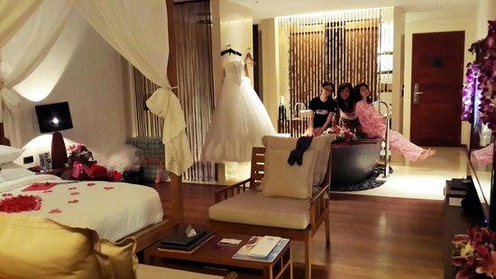 Hansar Samui Resort: newlywed room