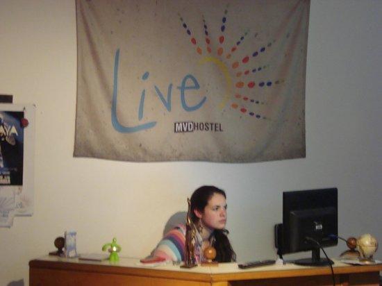 Live Mvd Hostel : Staff 100%