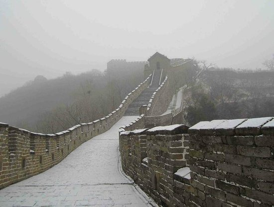 Beijing Private Guide--Skye: Great Wall with snow