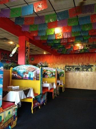Jose's Cantina: interior