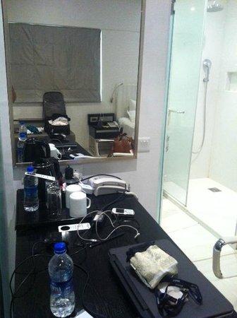 Clarion Chennai: Study table