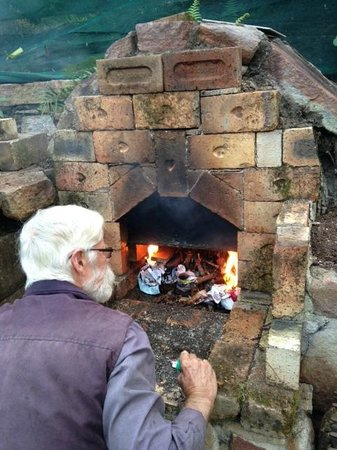 Rossmount Rural Retreat: David with pizza oven - always on Fridays