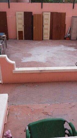 Residencial Lar do Areeiro: vistas de la habitación 107