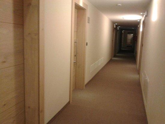 Design & Suite Hotel Ciarnadoi: Corridoi