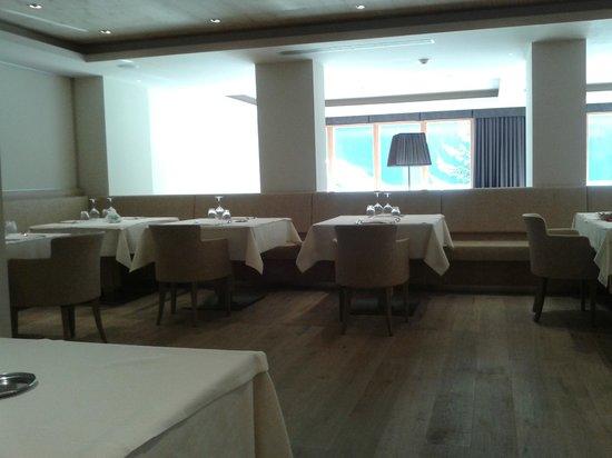 Design & Suite Hotel Ciarnadoi: Particolare sala