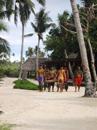 Coconuts Beach Club: Cultural day