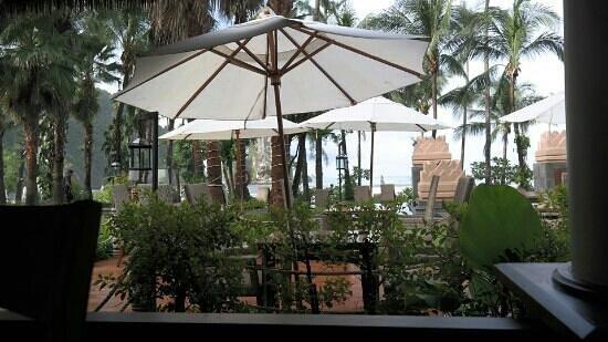 Centara Grand Beach Resort & Villas Krabi: rimm sai
