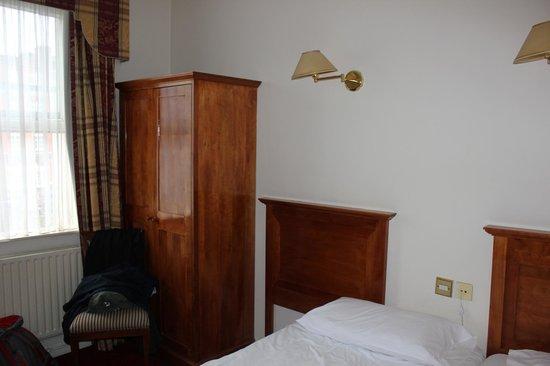 Lynam's Hotel: panorama della camera