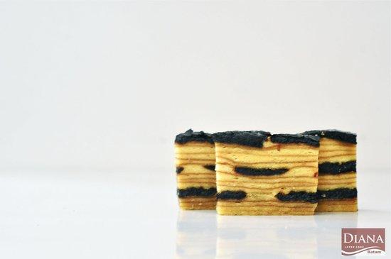 Diana Homemade Layer Cake