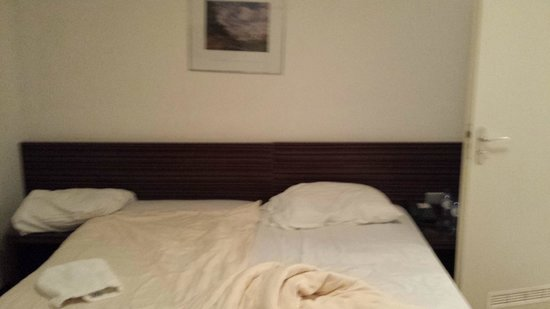 France Hotel Amsterdam: Bed Bug Infested bed