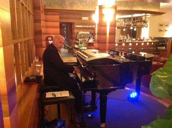 Hotel Adler Thermae Spa & Relax Resort: Piano Bar