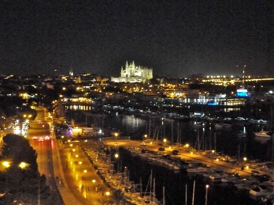 Palma Bellver By Melia : The Cathedral seen from our balcony