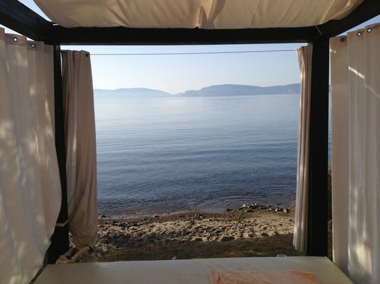 Barcelo Hydra Beach Resort: le lit a baldaquin
