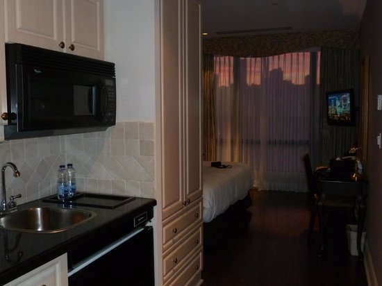 Grand Hotel & Suites: Room from kitchenette