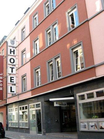 Hotel Basilea : Exterior View