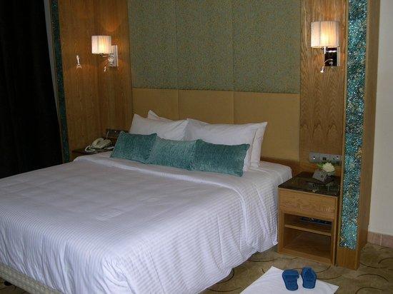 Radisson Blu Resort Sharjah: Zimmer
