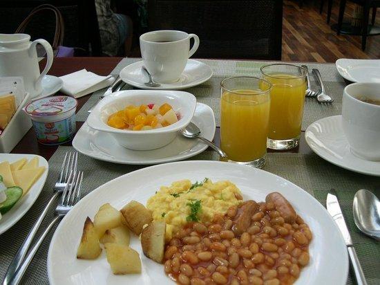 Radisson Blu Resort Sharjah: Frühstück