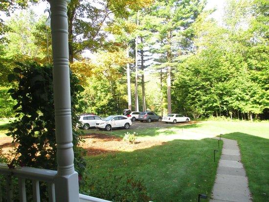 Maple Leaf Inn: View from Veranda