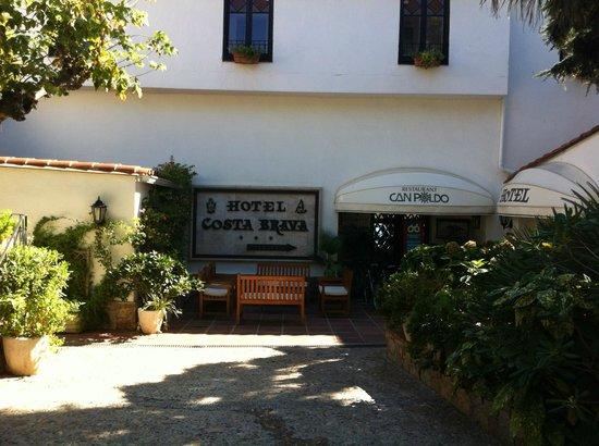 Hotel Costa Brava: Entrance