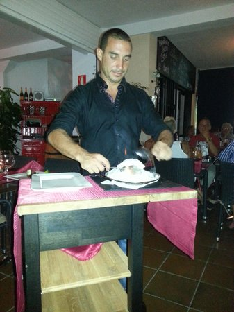 Friends Lounge Bar & Restaurant: Super speciaaltje
