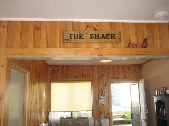 Scamander Beach Shack: Kitchen