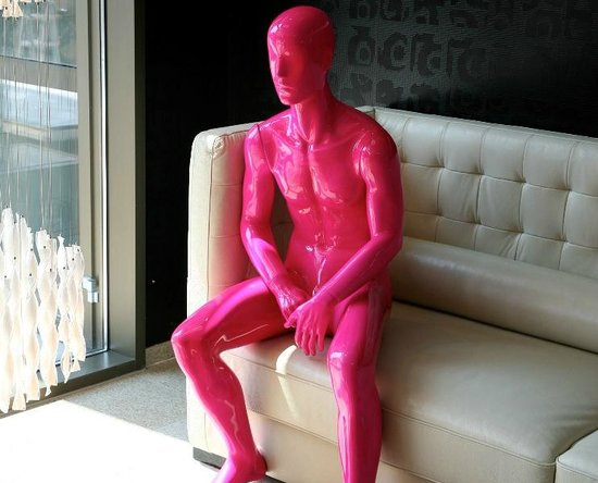 WestCord Fashion Hotel Amsterdam: Fashion's pink man