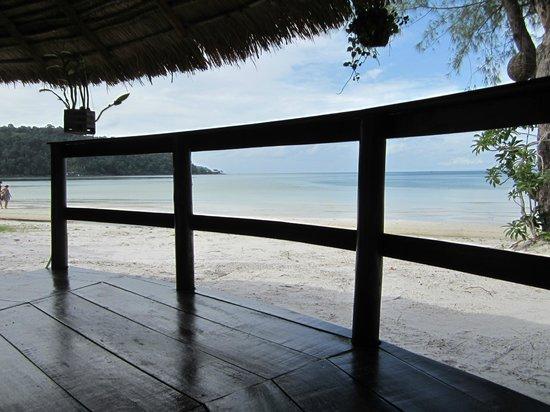 The Beach Island Resort & Beach Club : Balcony with Sea-View