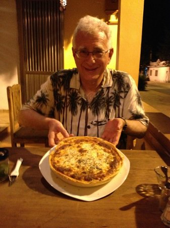 Ohana Cafe: Deep Dish Pizza