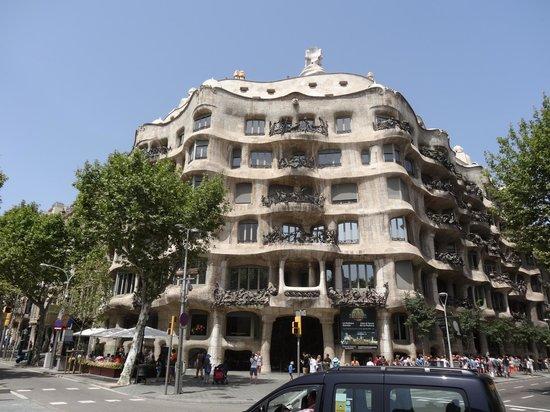 La pedrera picture of la pedrera barcelona tripadvisor - Casa mila la pedrera ...