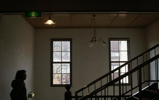 Former Tokyo Music School Hall, Sogakudo: 二階へ上がります