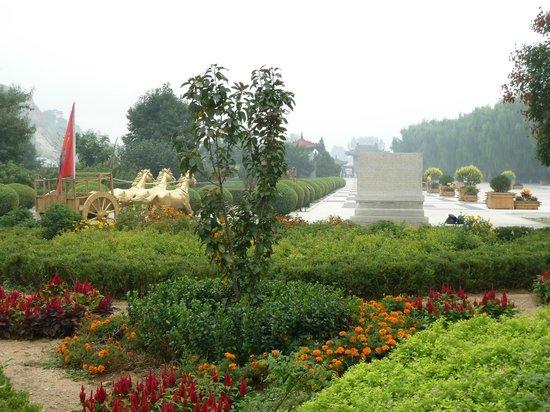 Jiumenkou Great Wall: vue sur l'esplanade