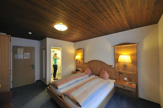 Photo of Hotel Engelberg