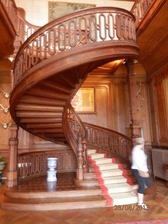 Chateau de la Jumelliere : Main stairs