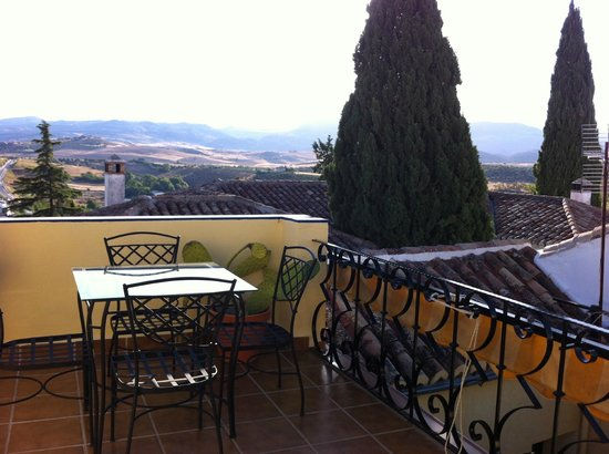 Baraka Bed and Breakfast: Lovely view from roof top